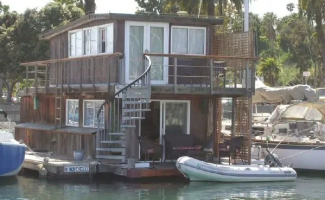 Santa Barbara S Only True Houseboat Is For Sale Tiny