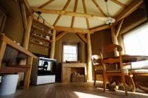 16-strawtron-interior-east - Tiny House