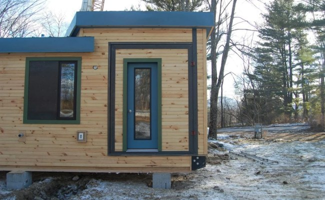Vermont Students Learn To Build A Tiny House