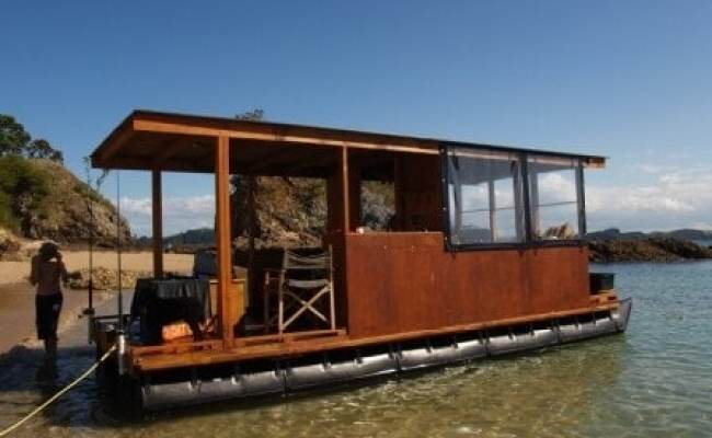 Build Your Own Pontoon Houseboat And Escape To Open Waters