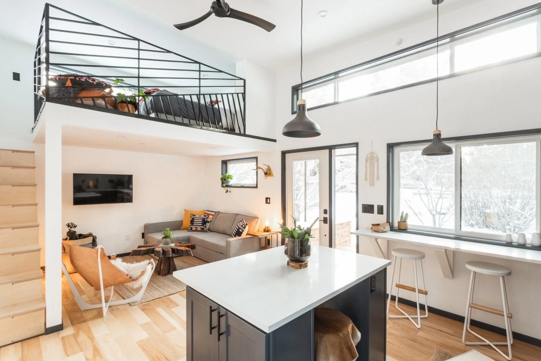 Hiatus Tiny House Shows Off Superb Design