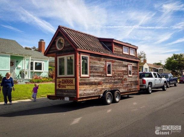 Siding Tiny House Giant Journey