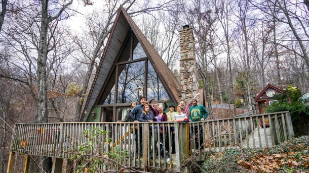 Gatlinburg Tn Tiny House Mountaineering