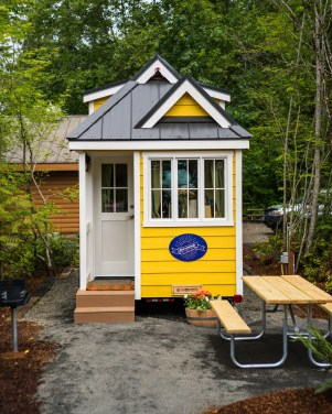 Mt Hood Tiny House Village Savannah Tumbleweed - 0008