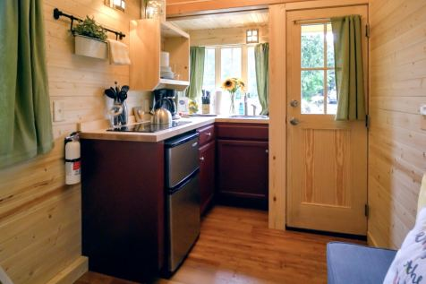 Mt Hood Tiny House Village Savannah Tumbleweed - 0017