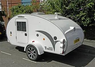 teardrop-trailer-on-road