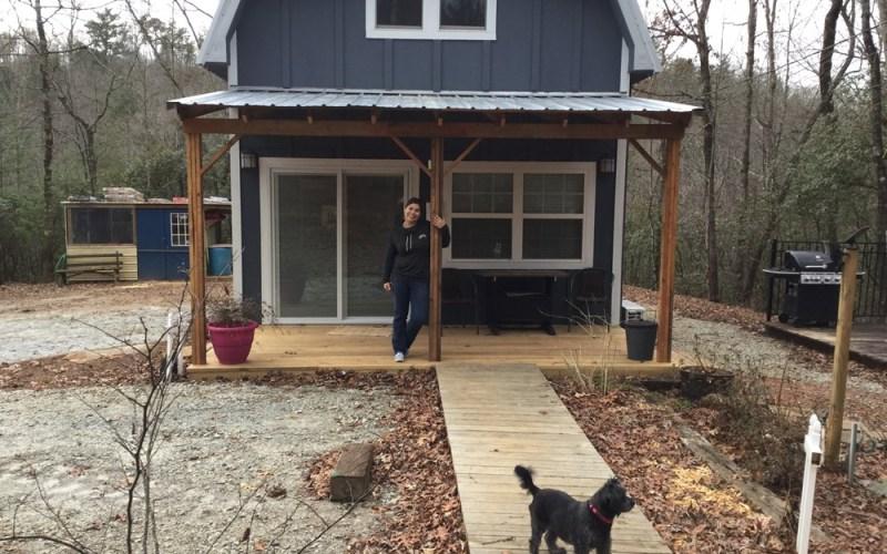 Tiny Barn Cabin in Georgia_003