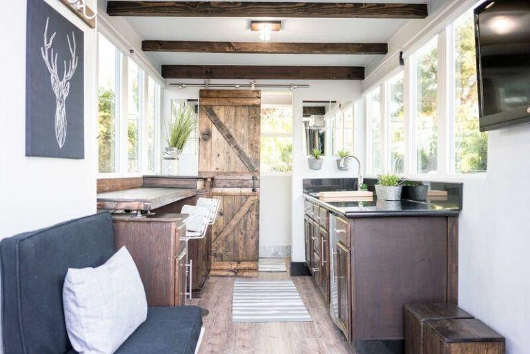 20ft Modern and Luxurious Shipping Container Tiny Home