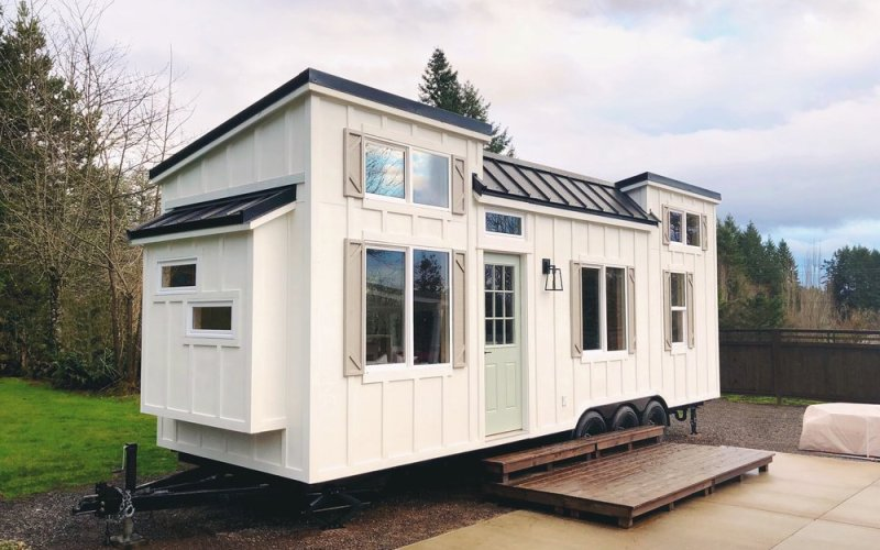 Coastal Craftsman Tiny House by Handcrafted Movement_001