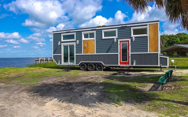 The Lee Tiny House on Wheels by Movable Roots 001
