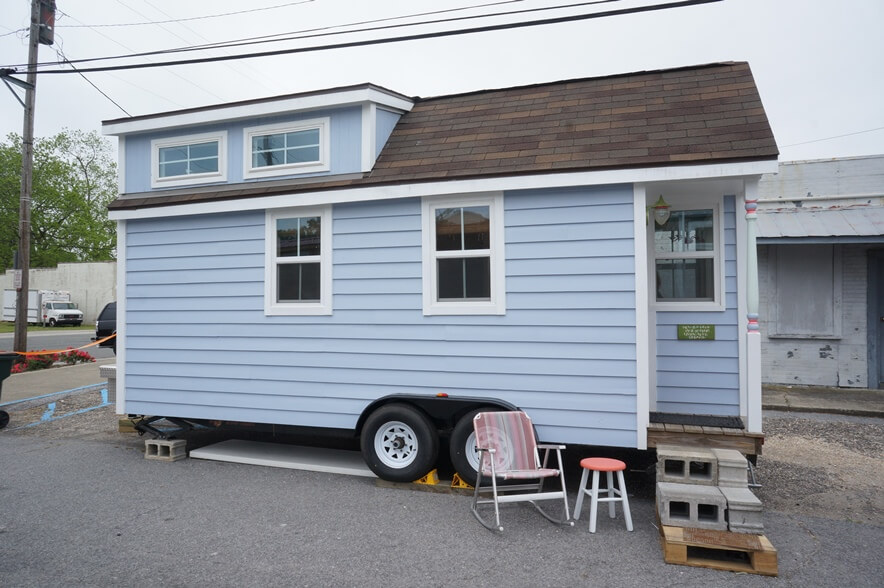 The Periwinkle Tiny House