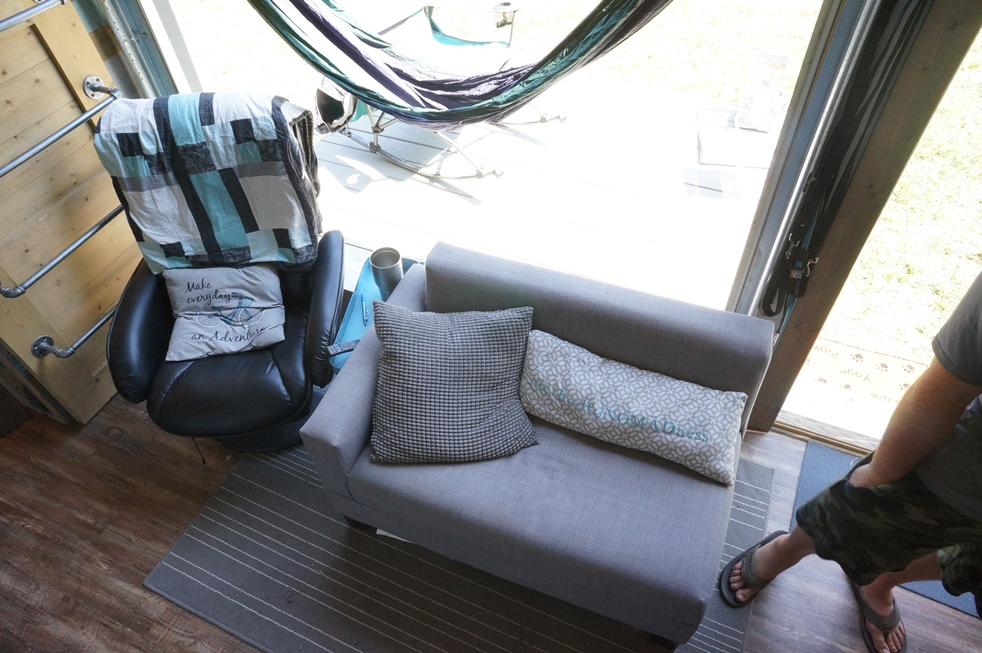 Method to nomadness tiny house seating area