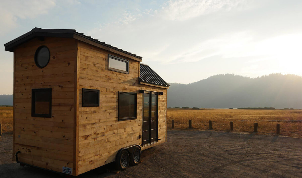 The hiatus by tongue groove tiny homes tiny houses on for Small house builders near me