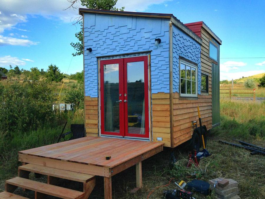 Beautiful Modern  Tiny House Swoon