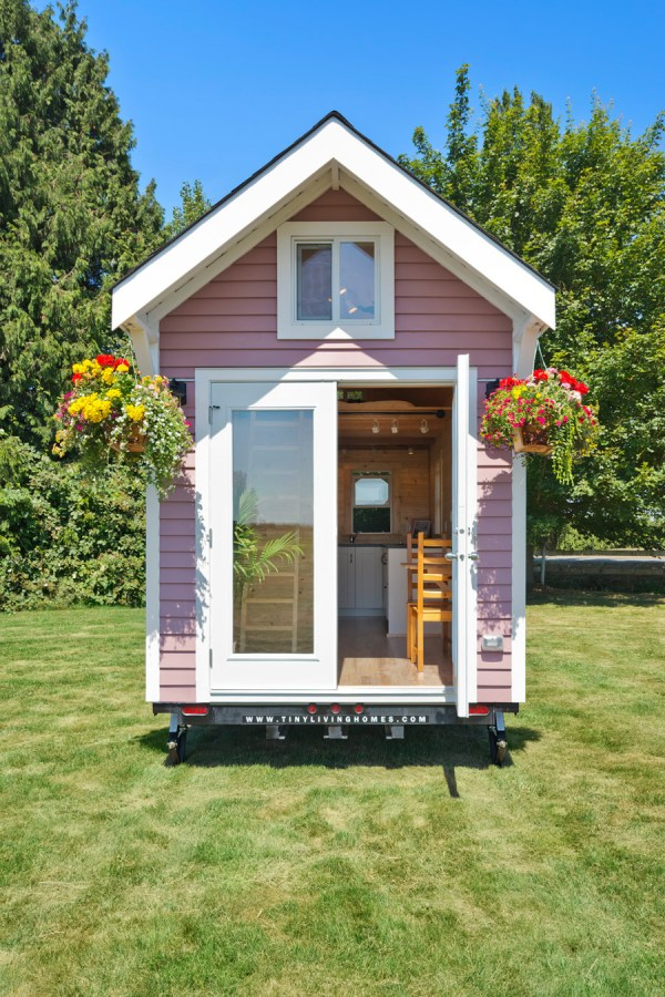 Tiny Pink House - Swoon