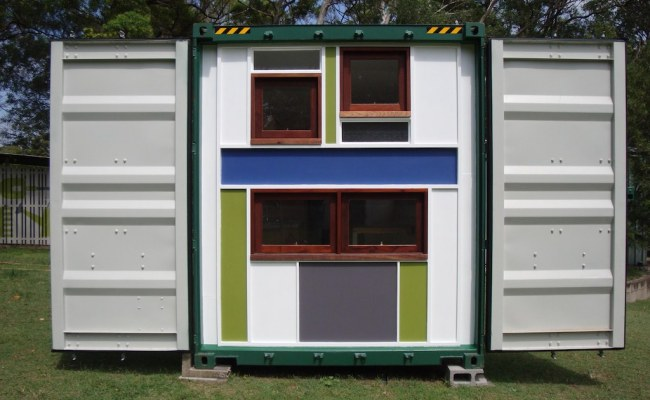 Queensland Container Tiny House Swoon