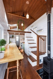Great Canadian Tiny House - Swoon
