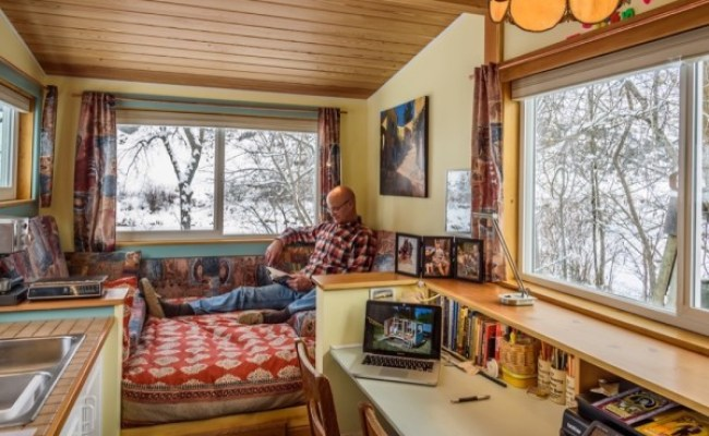 Pete S 125 Sq Ft Tiny House On Wheels In British Columbia