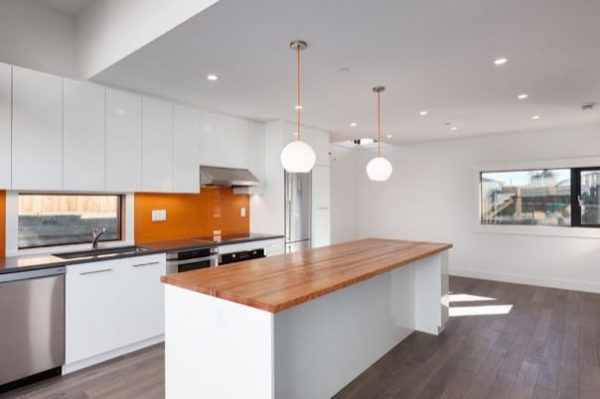 1020sf-small-house-with-garage-newport-lane-house-by-lanefab-007