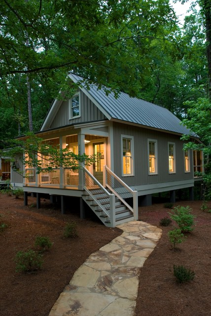 1091 Sq Ft Camp Callaway Cottage