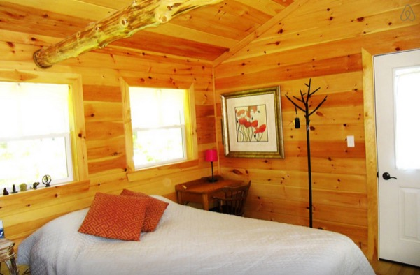 12-x-16-Amish-Built-Tiny-House-006