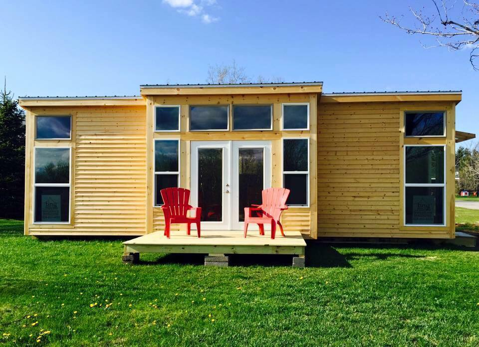 14x32 Lake House For Sale In New York