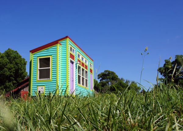 side view of tiny home