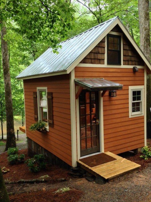 180-sq-ft-otter-den-tiny-house-003