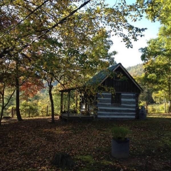 Amish Built Tiny Rustic Cabin