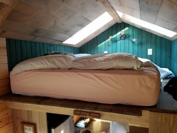 18ft Log Cabin Style Tiny House on Wheels For Sale on eBay 008