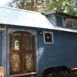 1904 Rustic Vintage Tiny House with Loft Balcony 001