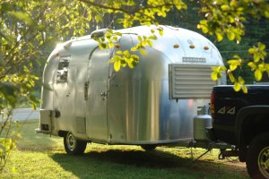 1967 17ft AIRSTREAM CARAVEL For Sale 2