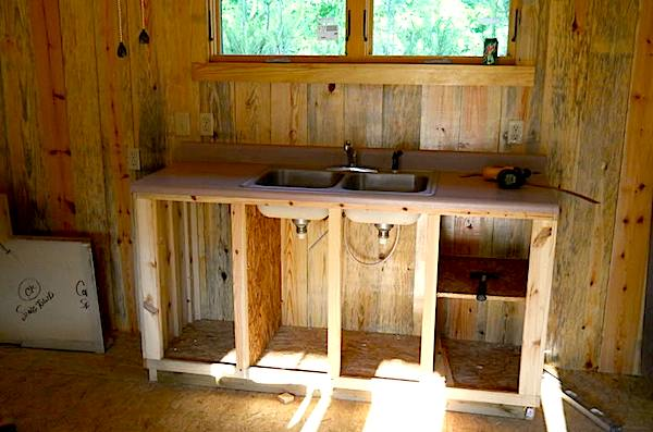 1x6 Pine for Constructing Kitchen in Small Cabin
