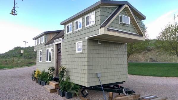 200 Sq. Ft. Family Tiny House 002