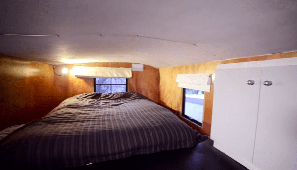 Tiny House Built from Earthquake Materials