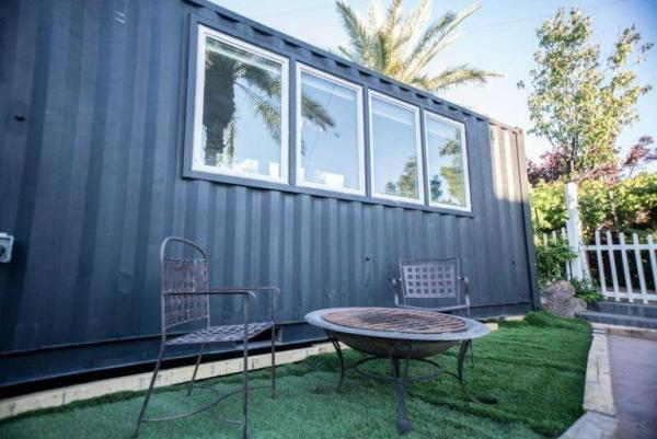 20ft Luxury Shipping Container Tiny House_018