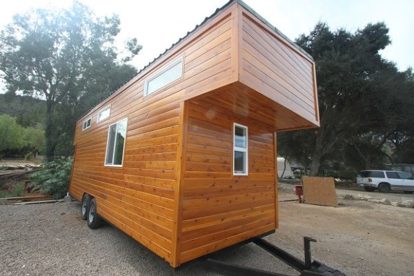 24 Modern Caravan by Tiny House Cottages_036