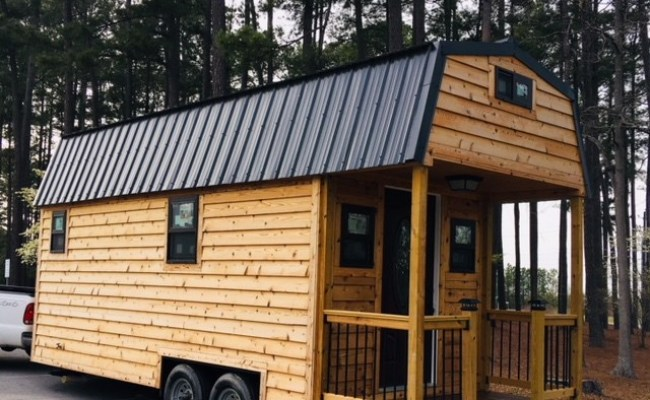 24ft Cedar Tiny Home In Raleigh