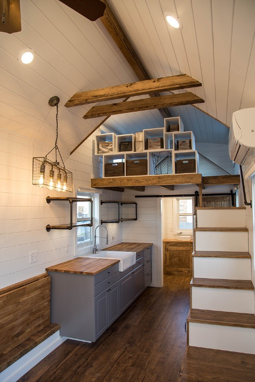 24ft Modern Farmhouse THOW by Liberation Tiny Homes_003