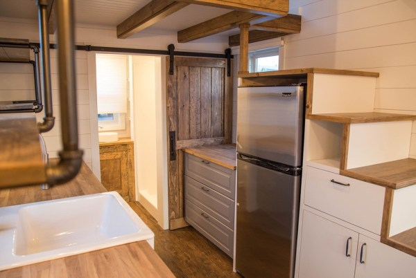 24ft Modern Farmhouse THOW by Liberation Tiny Homes_005
