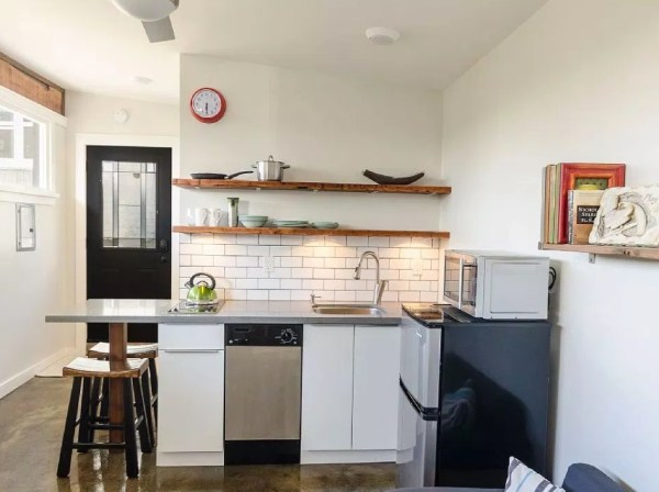 250 sq ft Vancouver Tiny House for sale 006