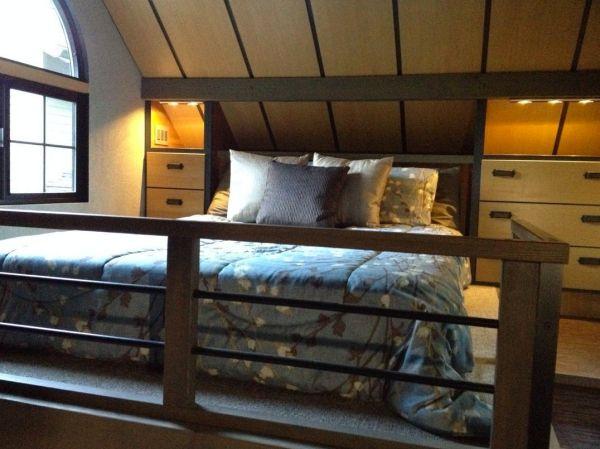 280-sq-ft-luxury-tiny-house-by-heininge-006