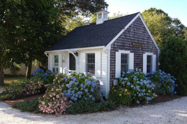 288-sq-ft-tiny-cottage-for-sale-0010