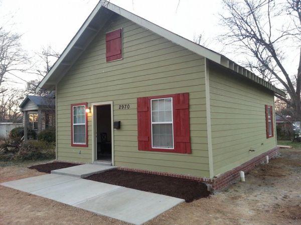 2970 Hoskins 832 sq ft cottage for sale 001
