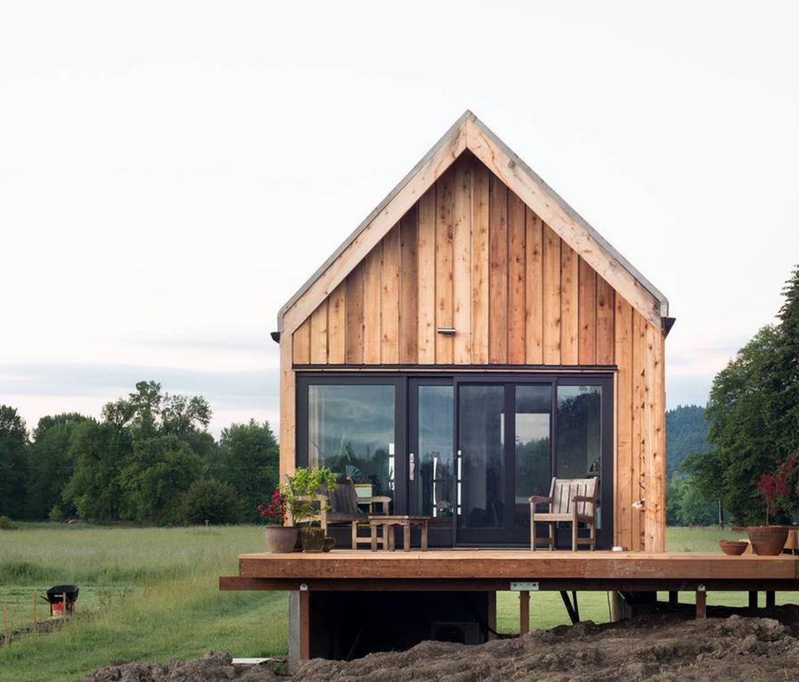 Tiny Cabin Vacation On Organic Farm Near Portland