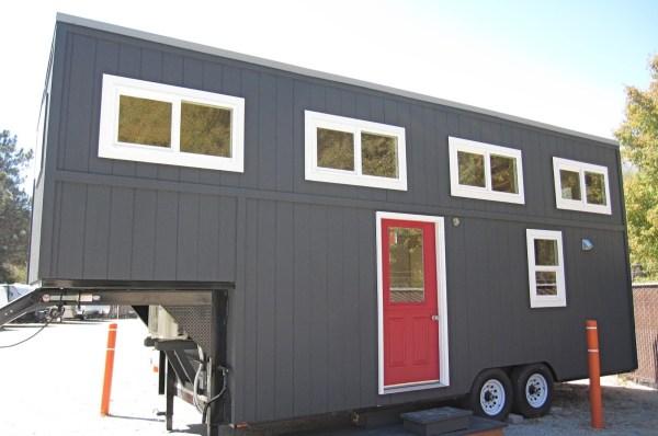 30ft Streamline Gooseneck Tiny House 001