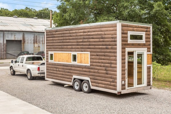 312 Sq. Ft. Log Cabin Tiny House on Wheels 001