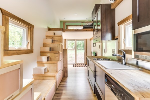 312 Sq. Ft. Log Cabin Tiny House on Wheels 004