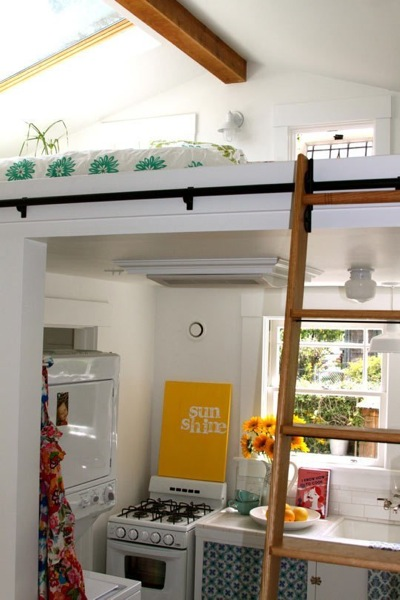 320-Sq-Ft-Bright-White-Guest-Cottage-02