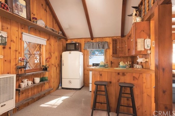320 Sq Ft Tiny Cabin In Big Bear